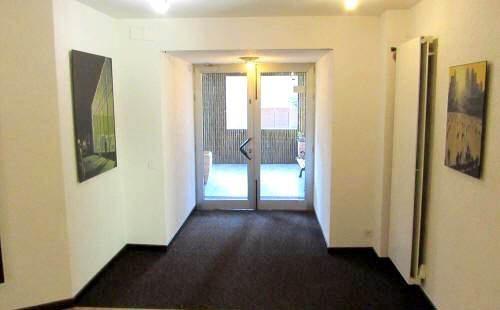 accesso ai nostri appartamenti nel residence La Residenza in affitto a lugano
